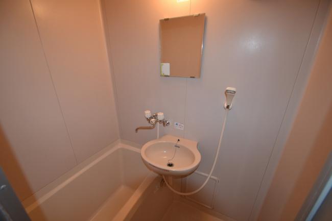 浴室2 鏡も付いています