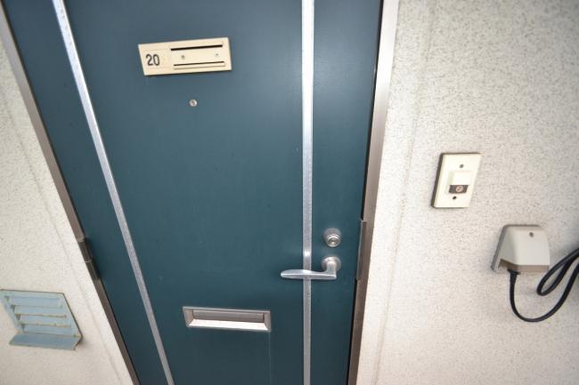 ドア インターホンあります